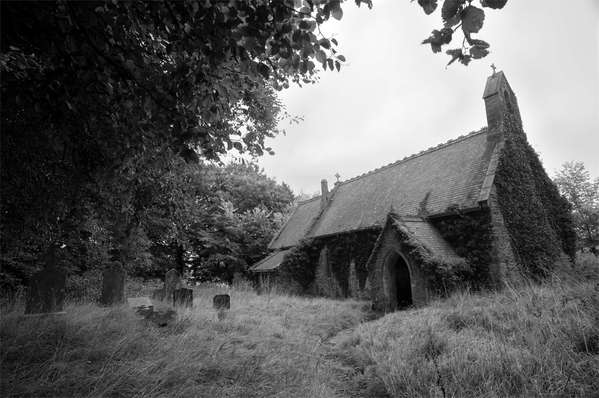 St Canna church